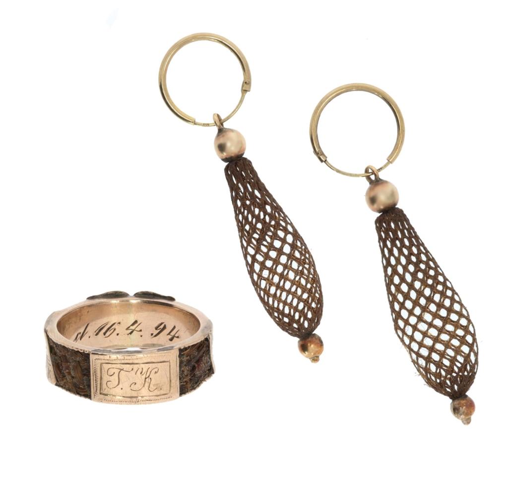 Komplet biżuterii zwłosów