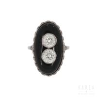 Pierścionek art déco antykwaryczny z białego złota z onyksami i diamentami KAREA ID 000166