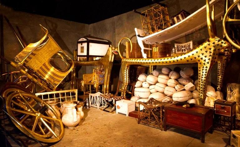 Wnętrze grobowca Tutanchamona, 1332-1323 p.n.e.; zwierzęta